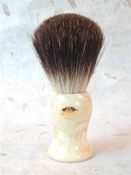 Omega Pure Badger Brush, Faux Ivory Curved Handle