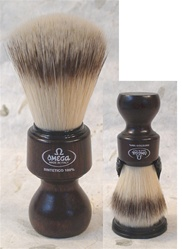 Omega Sintetico Brush - Ovangol Wood Handle
