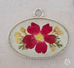 Red Verbena Real Pressed Flower Oval Pendant Necklace