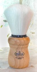 Omega Syntex Beech Wood Handle Shaving Brush