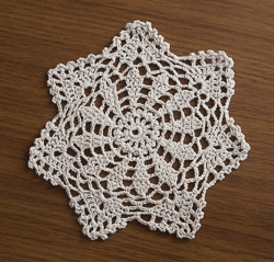 Round Seven Point Scalloped Doilies - 6 Inch