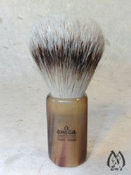 Omega Horn Faceted Handle Silver Tip Brush - C