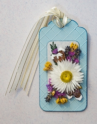 Everlasting Flower Holiday Tag Ornament - 01